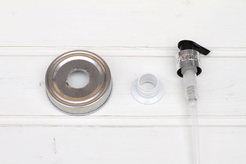 Soap dispenser 7